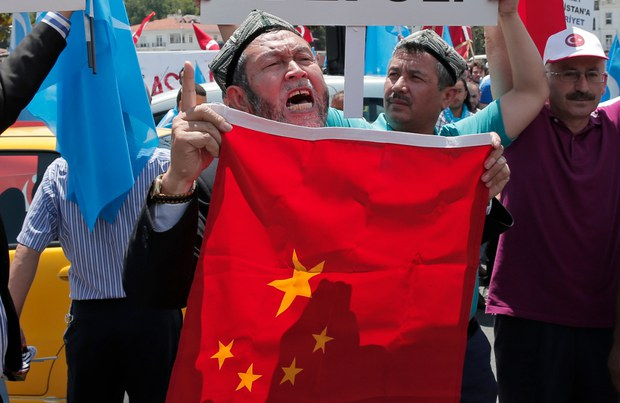 180208-MY-uyghur-620.jpg