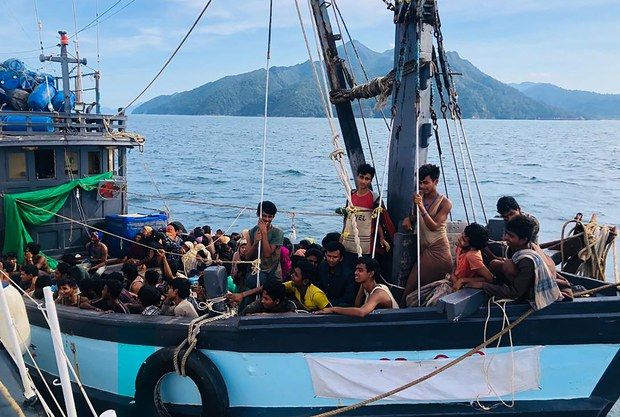 200617-MY-Rohingya-boat-1000.jpg