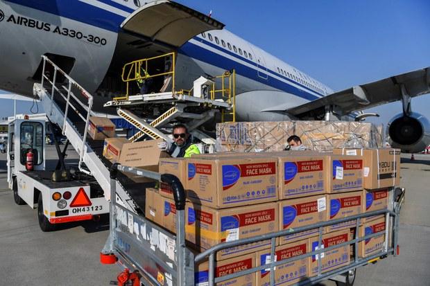 200327-GR-CH-aid-shipment-1000.jpg