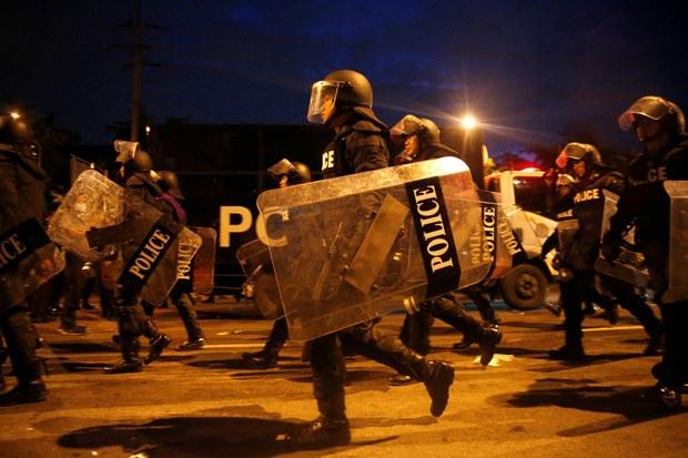 201014-TH-protests-emergency_1000.JPG