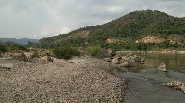 ระดับน้ำในแม่น้ำโขงยังคงต่ำไม่ฟื้น ตลอดสองฝั่งไทย-ลาว