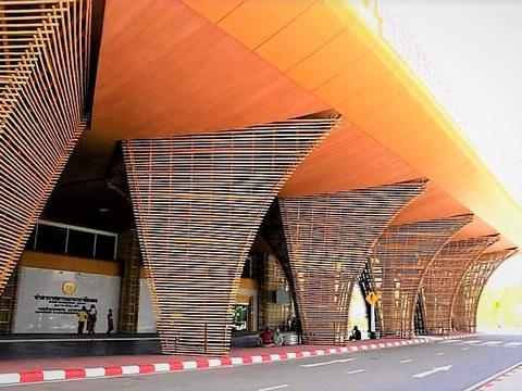 ภาพถ่ายด้านหน้าอาคาร สนามบินเบตงที่สร้างเสร็จแล้ว อำเภอเบตง จังหวัดยะลา เดือนมกราคม 2564